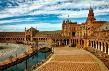 Sevilla, Beleef het bruisende stadsfeest