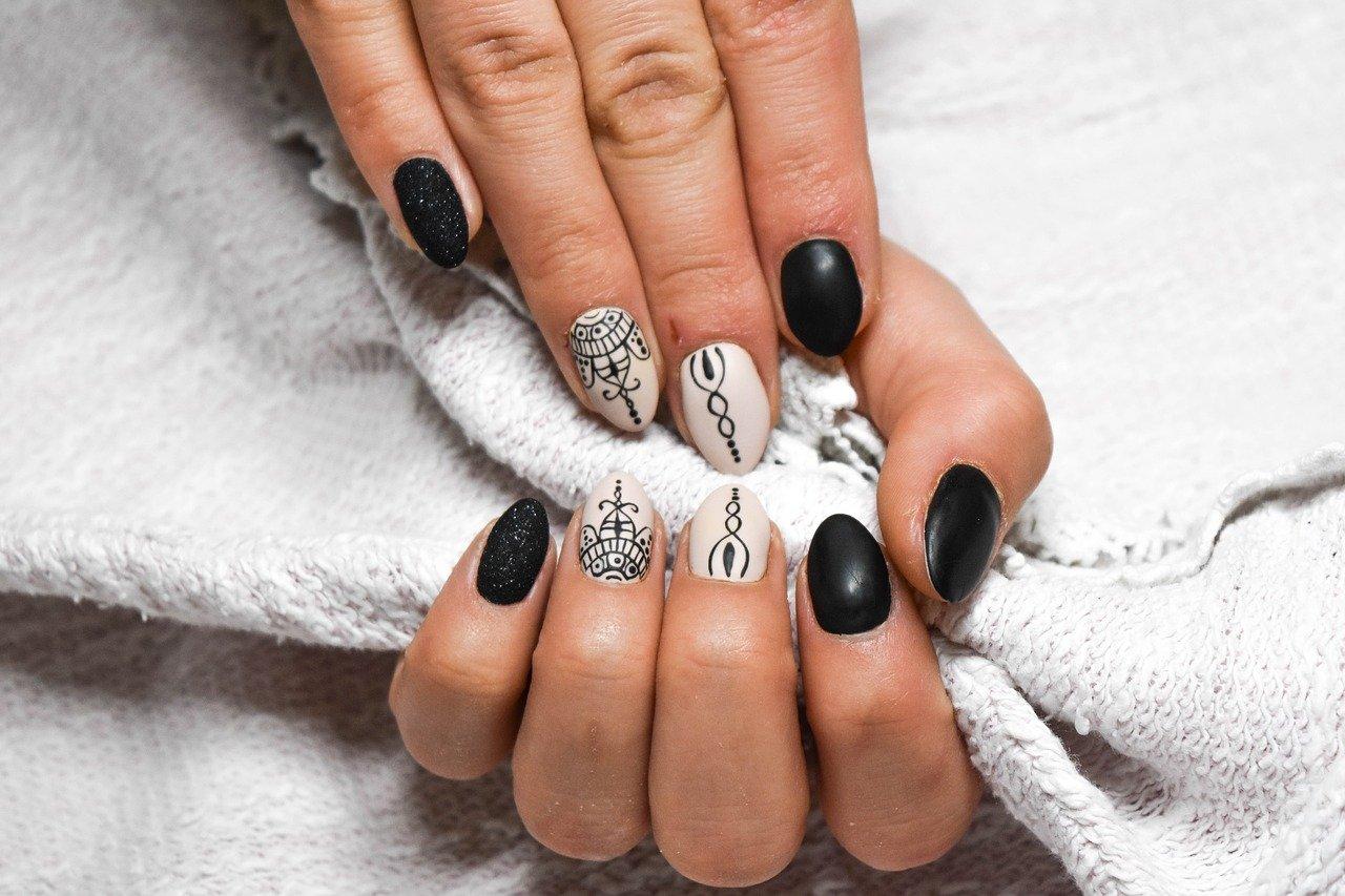 6 tips voor mooi gelakte nagels